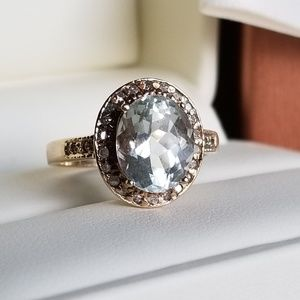 Jewelry - 10k yellow gold aquamarine diamond halo ring 7